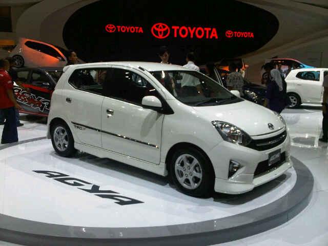Harga Toyota Agya OTR Banjarmasin Mei 2015