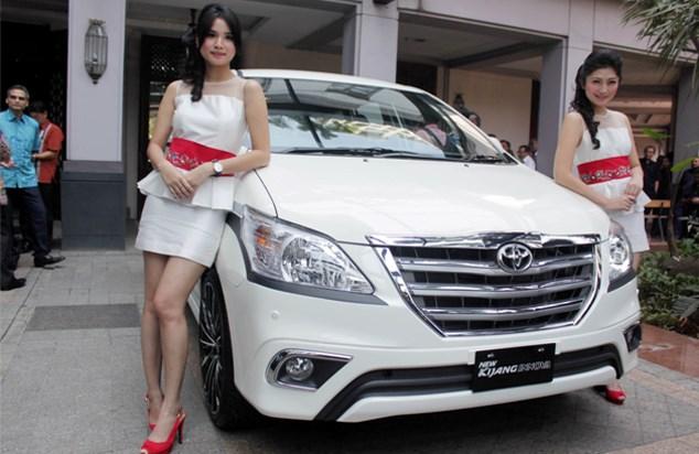 Harga Toyota Kijang Innova OTR Banjarmasin Mei 2015
